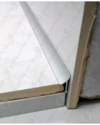 Алюминиевый универсальный внутренний угол для плитки. АВП анод «серебро» 2.7м
