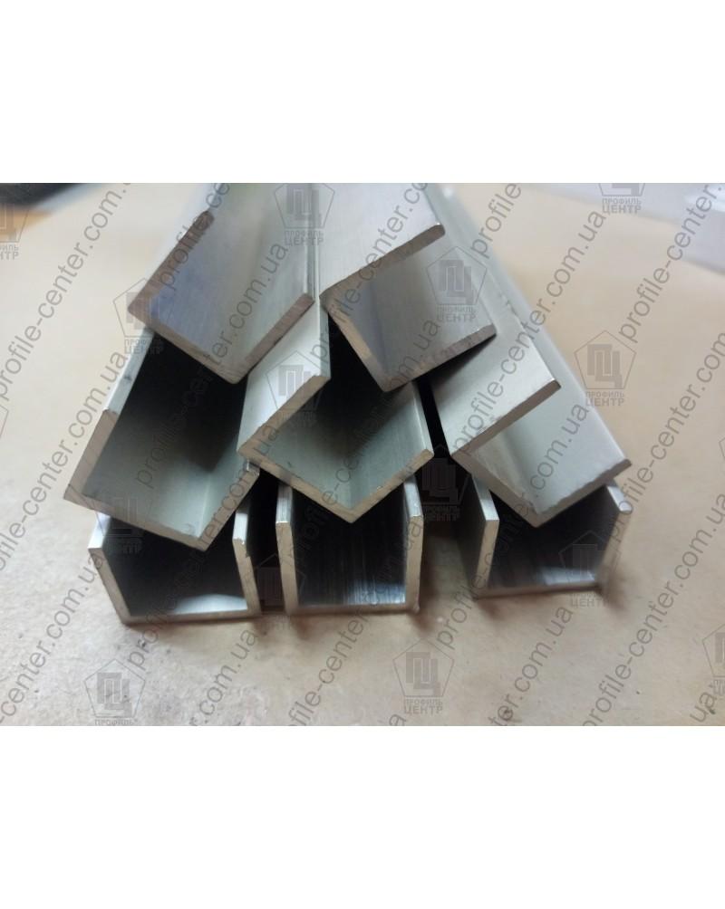 15*15*15*1,5. Алюминиевый швеллер, без покрытия